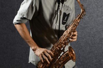 alto saxophones featured image