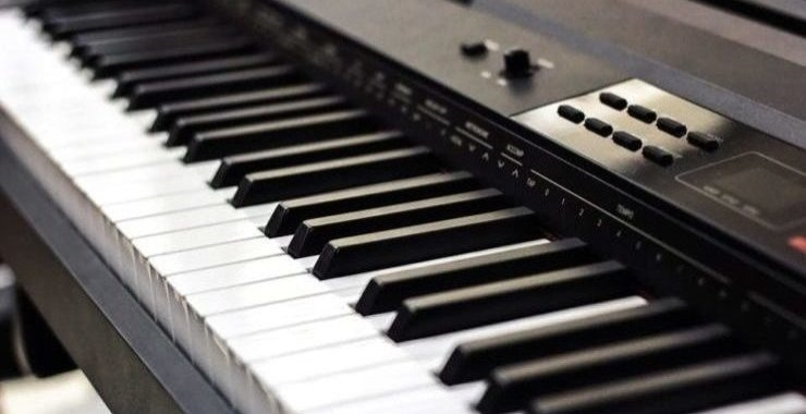 close up of clean electronic keyboard keys