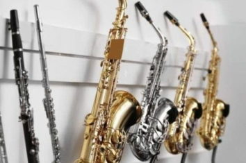 different saxaphone sizes